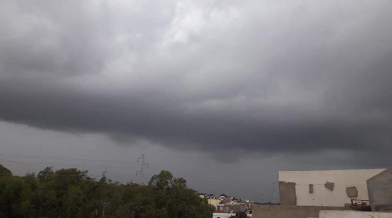 Warnung vor Gewittern und starkem Regen am So., 19.08.2018