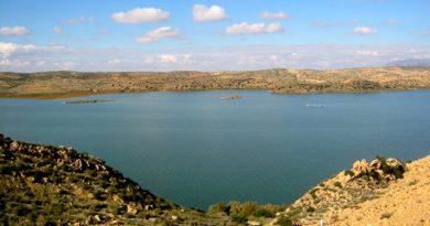 Sidi Saad Stausee Kairouan; Bild: Association Culturelle ATRASS, Sidi Saâd http://atrass-culturelle.blogspot.com/2012/12/la-reserve-naturelle-de-djebel-touati.html