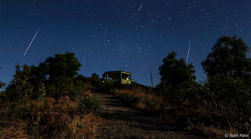 Geminiden Meteorschauer im Jahr 2013 - Bild: Asim Patel - Eigenes Werk, CC BY-SA 3.0, https://commons.wikimedia.org/w/index.php?curid=30551402