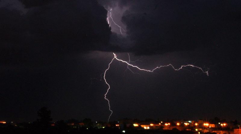 Symbolfoto Blitz bei Gewitter